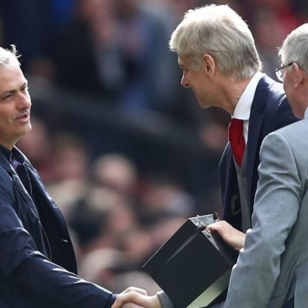 'Dinosaur' Mourinho needs to join Wenger in retirement