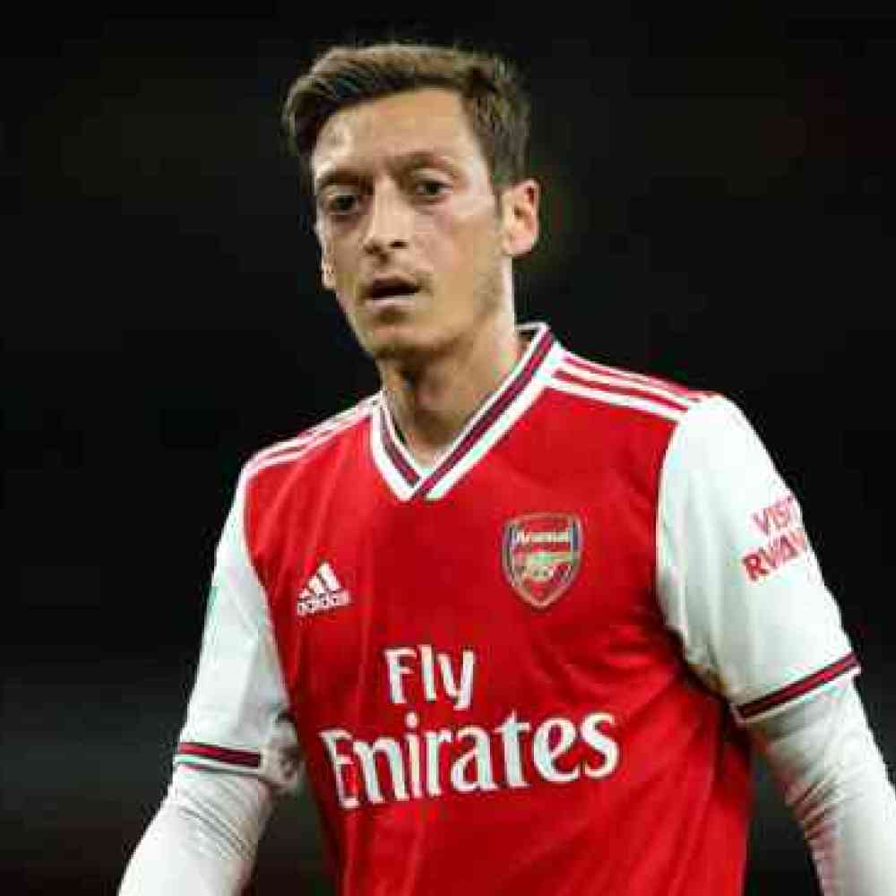 Arsenal open talks with Fenerbahce over 'dream' Ozil move