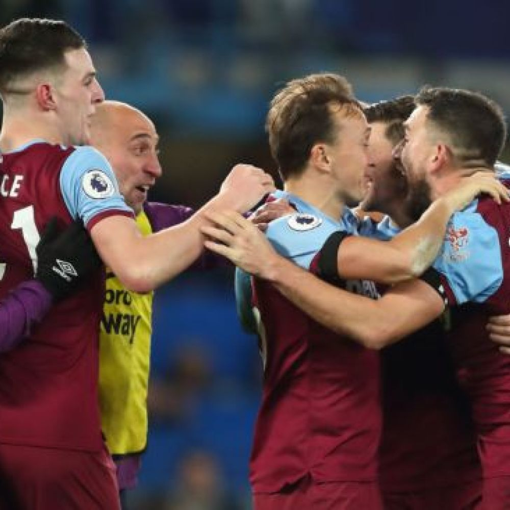 Noble inspired Chelsea win with 'a couple of swear words'