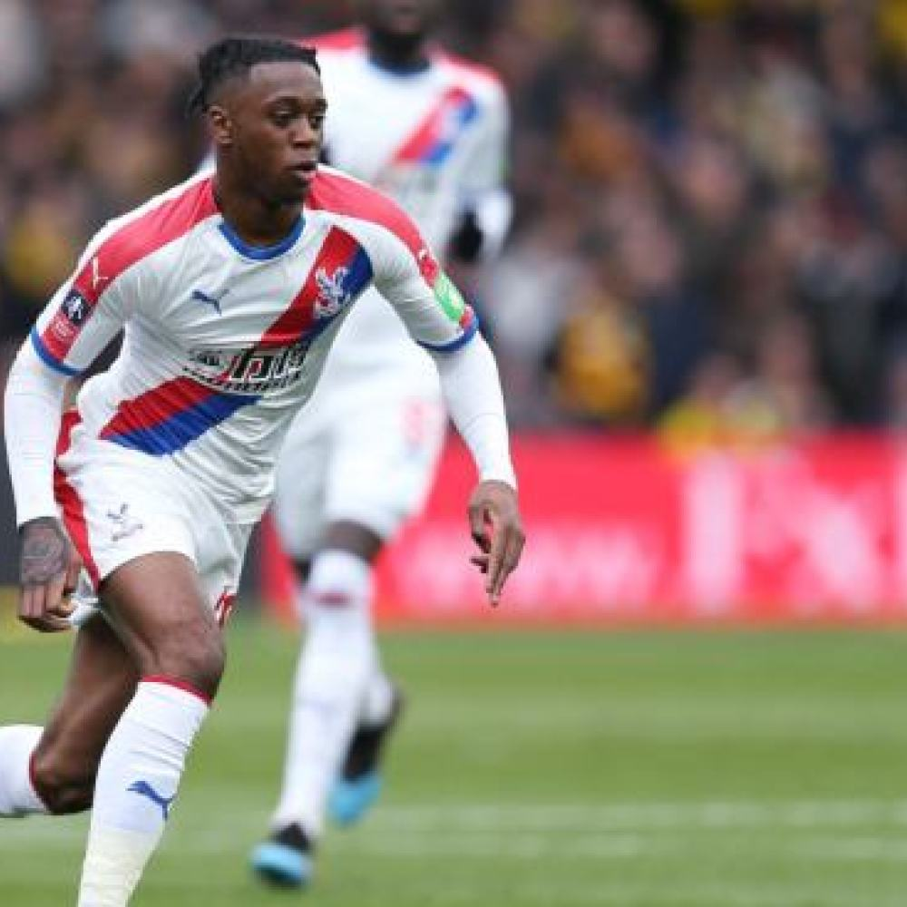 Man Utd step up interest in two Wan-Bissaka alternatives