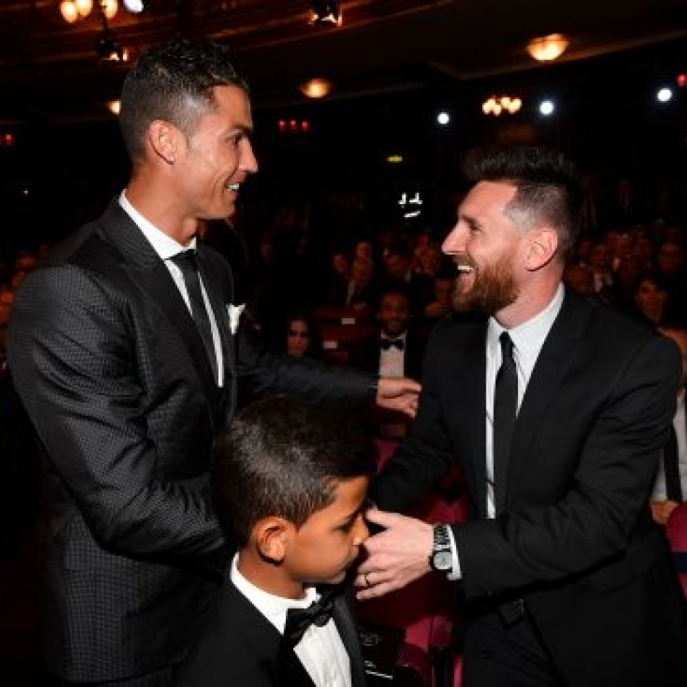 Former teammate explains difference between Messi, Ronaldo