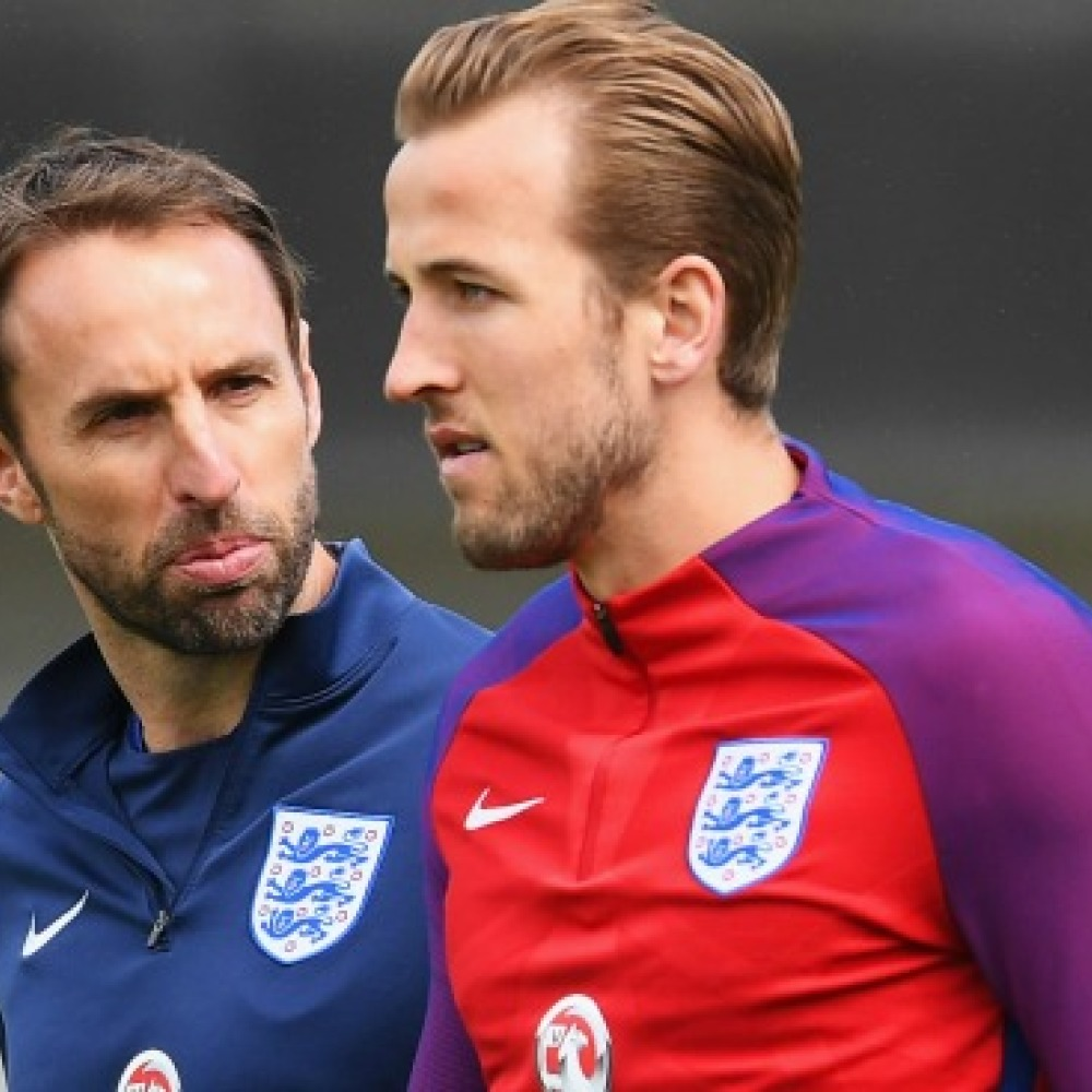 Southgate praises 'low-ego' Kane and 'focussed' Sterling