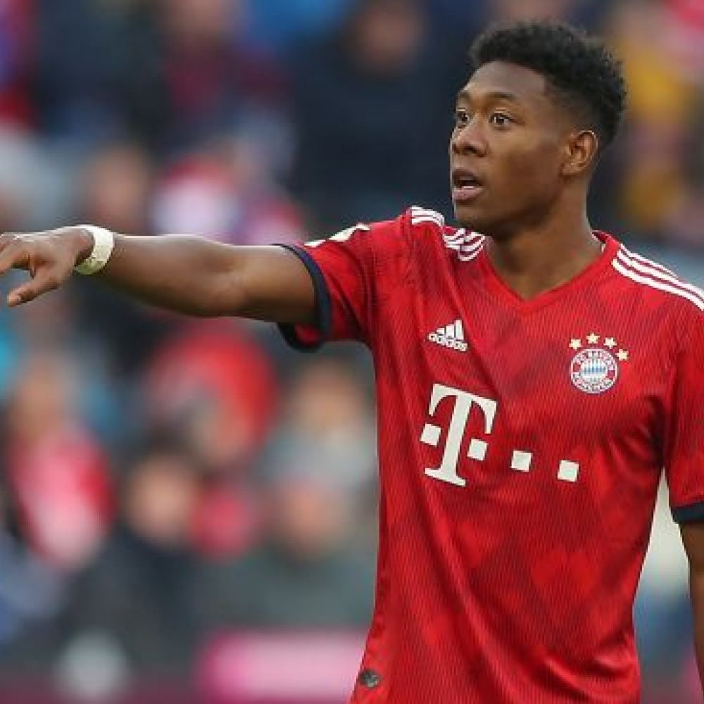 Arsenal fan Alaba admits he 'can imagine' move to England, Spain
