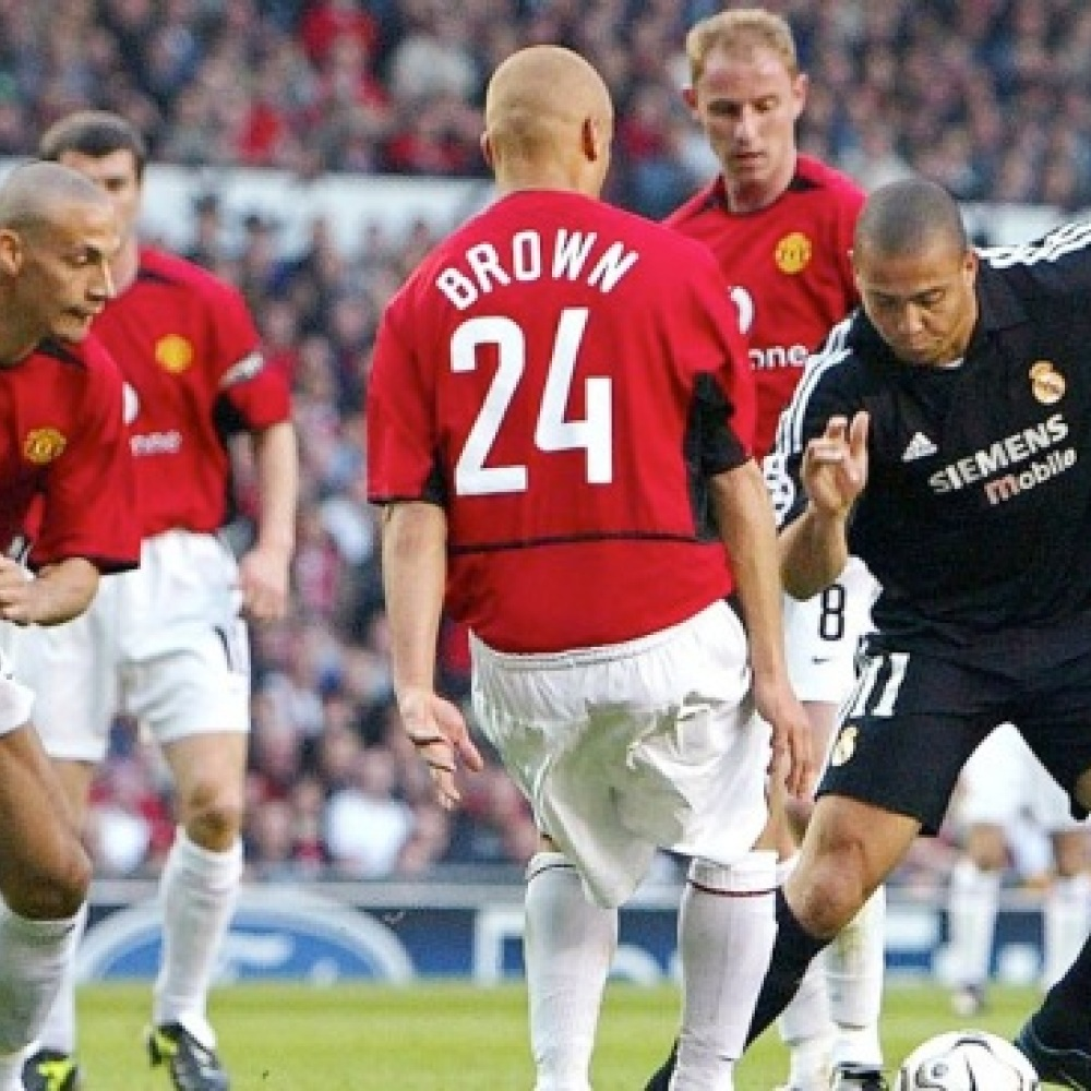 Remember when the real Ronaldo joined Man Utd? Erm…