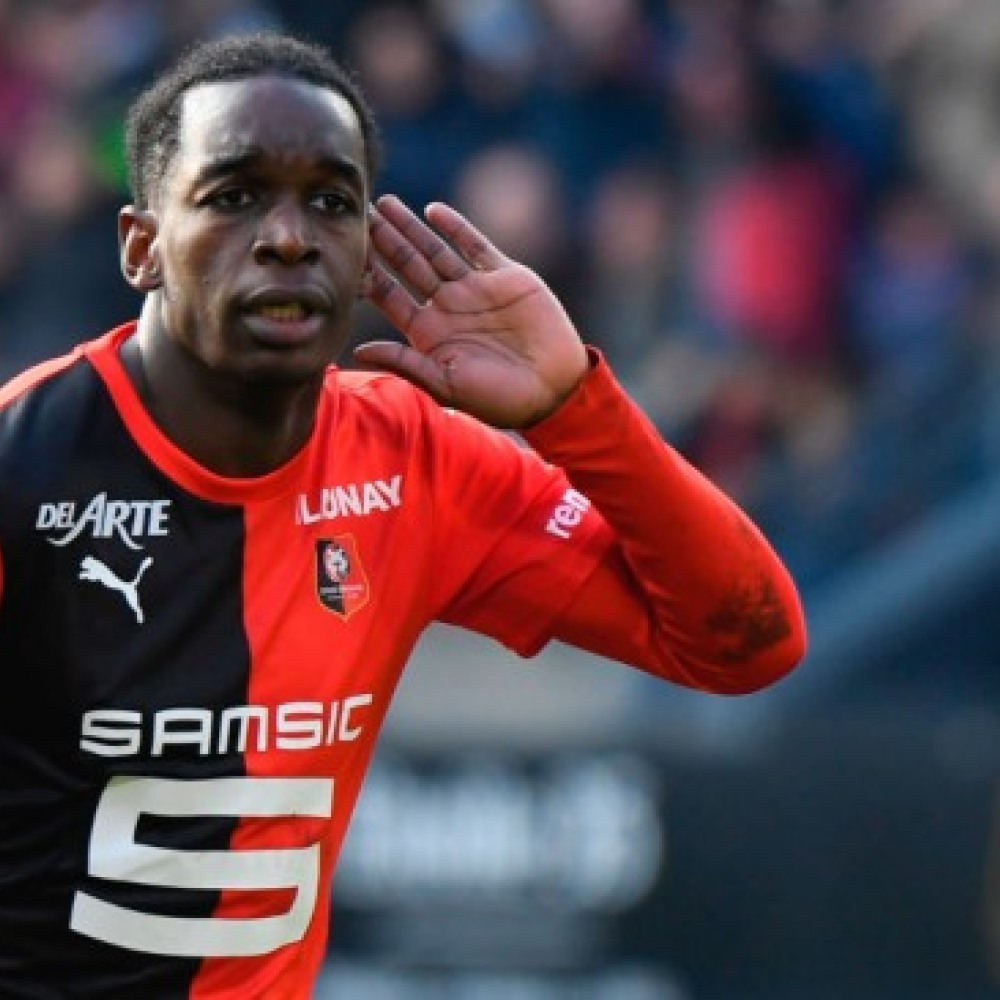 'It's just a pleasure, really' – Rennes left-back reacts to Man Utd interest