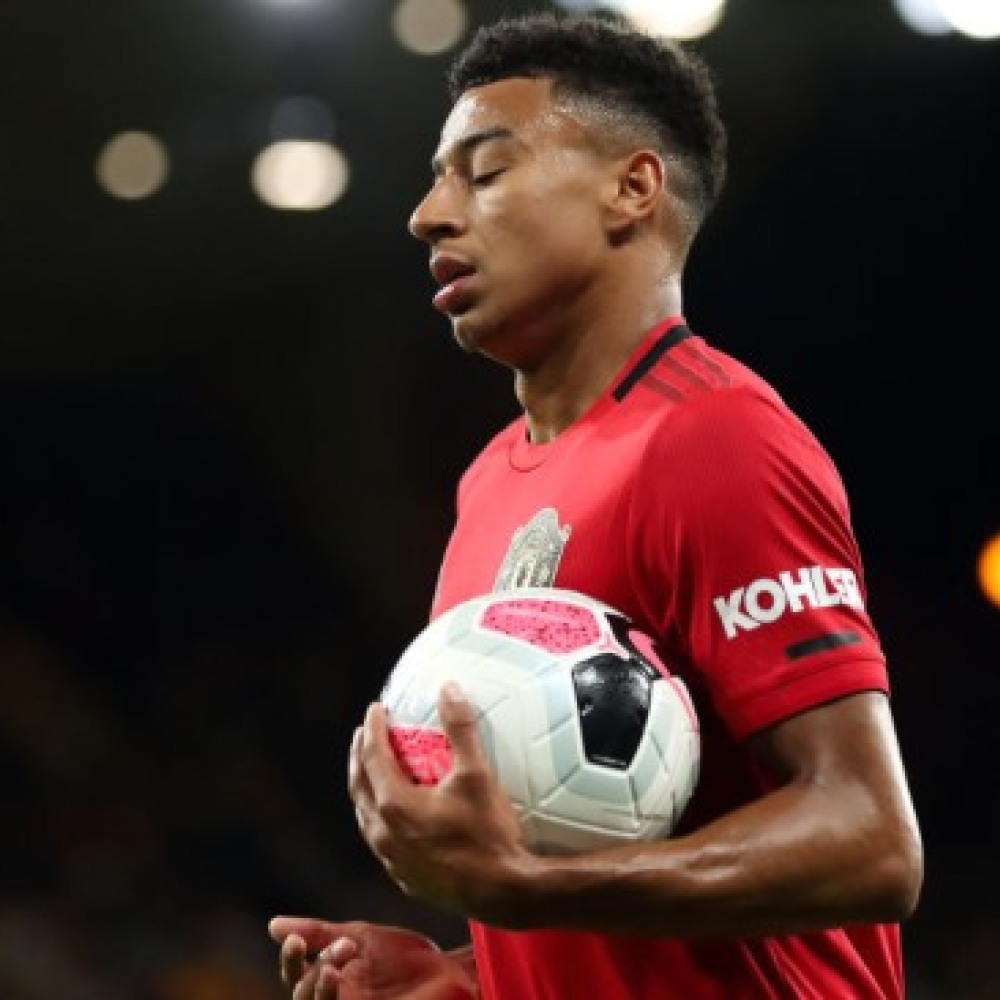 Mails: Lingard keeping Man Utd in 'cesspool of mediocrity'