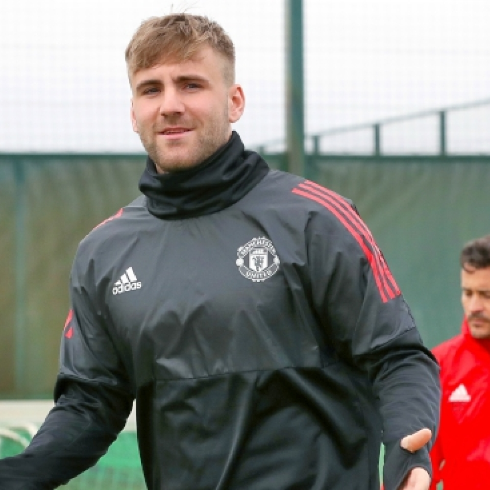 Man United hierarchy 'hope Luke Shaw is long-term left-back'