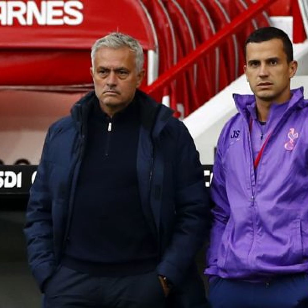 Mourinho's static, fragile Spurs running out of excuses